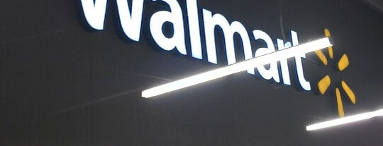 Walmart is one of Locais curtidos por Dorian.
