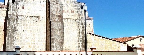 Calpulalpam de Méndez, Oaxaca is one of Tempat yang Disukai Fanel.