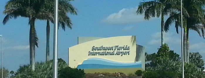 Southwest Florida International Airport (RSW) is one of Lieux qui ont plu à Kate.