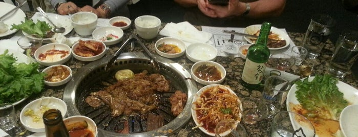 DAE GEE Korean BBQ is one of Lieux sauvegardés par Claire.