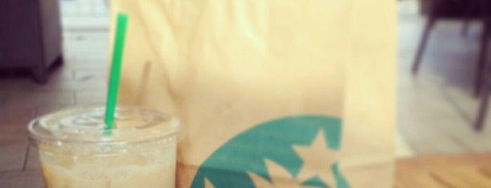 Starbucks is one of Posti che sono piaciuti a GloPau.