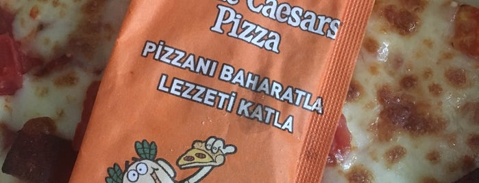 Little Caesars Pizza is one of Locais curtidos por R.Sema.