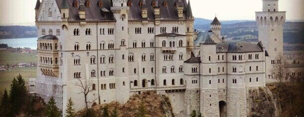 Château Neuschwanstein is one of Deutschland | Sehenswürdigkeiten & mehr.