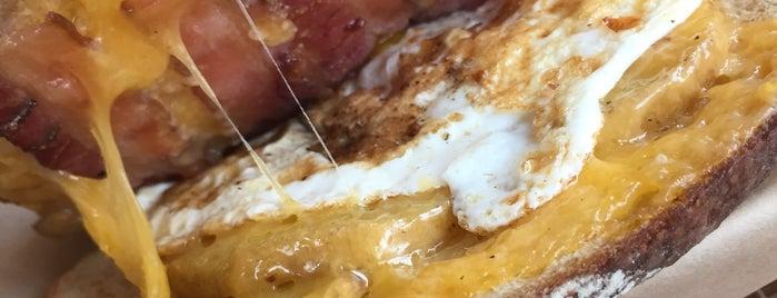 The American Grilled Cheese Kitchen is one of Orte, die Natalie gefallen.