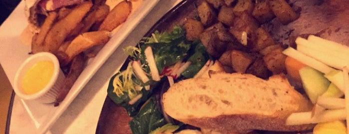 Café La Maude is one of Orte, die Natalie gefallen.