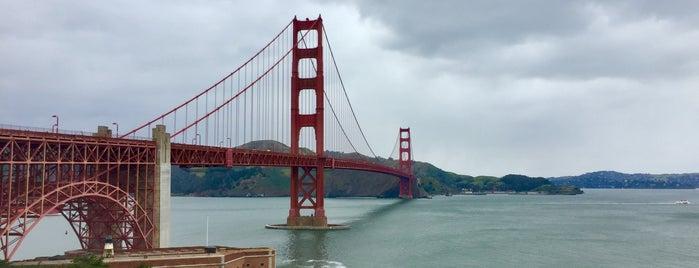 Golden Gate Bridge is one of Orte, die Natalie gefallen.