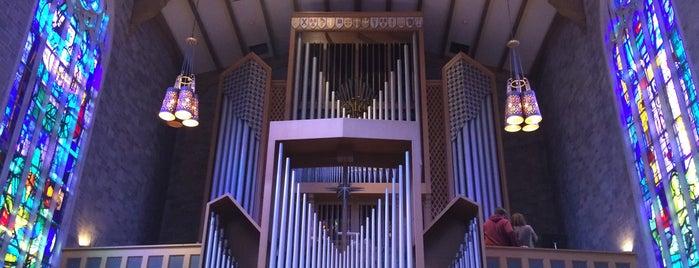Alice S. Millar Chapel is one of Posti che sono piaciuti a Mark.
