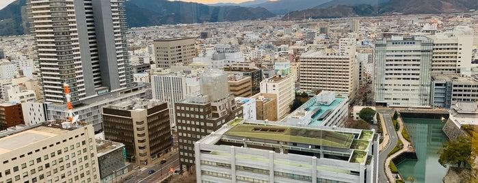 静岡県庁別館 展望ロビー is one of Lugares favoritos de Masahiro.