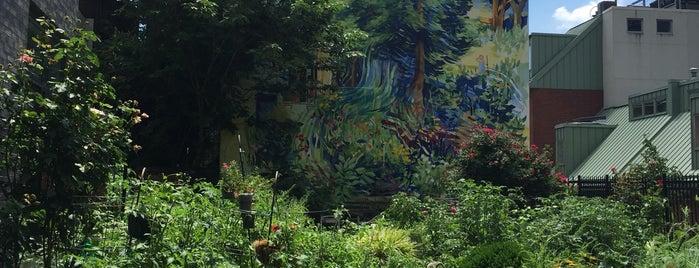 City of Philadelphia Mural Arts Program is one of Philly Scav hunt.