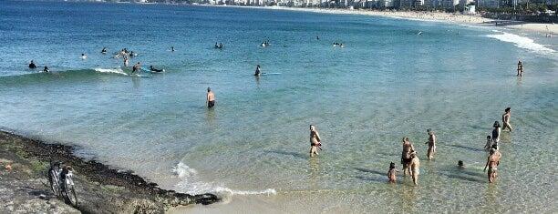 Playa del Arponero is one of Adoro.