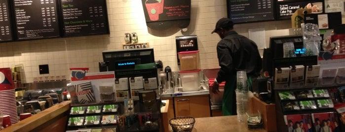 Starbucks is one of Mary'ın Beğendiği Mekanlar.