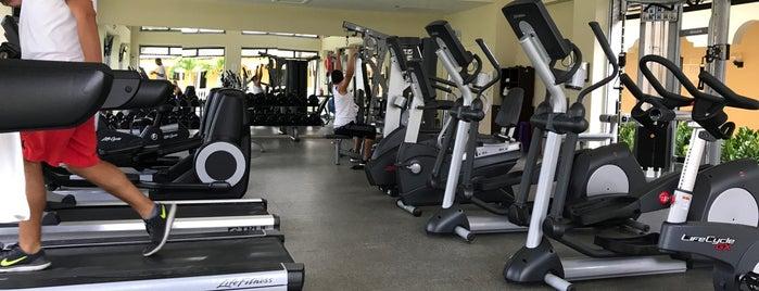 Bucuti Fitness Center is one of Elizabeth'in Beğendiği Mekanlar.