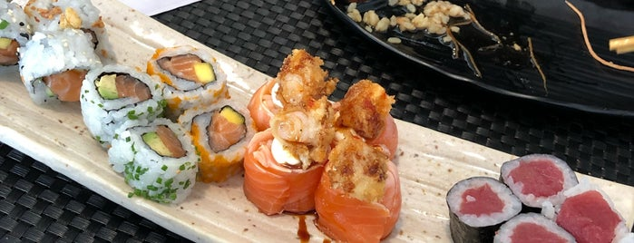 Sushi Lisboa is one of Tempat yang Disukai Elaine.