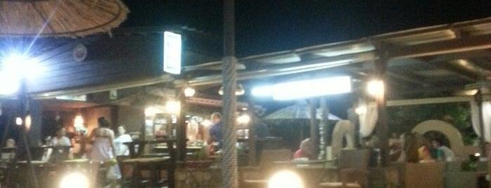 Andreas bar is one of Orte, die John gefallen.