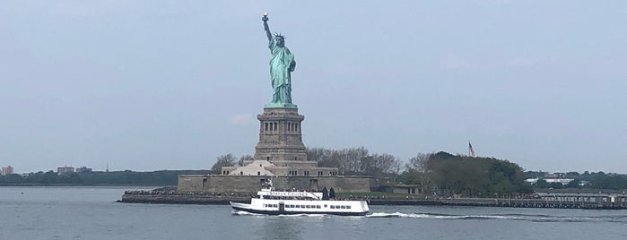 Staten Island Ferry is one of Lugares favoritos de Joao.