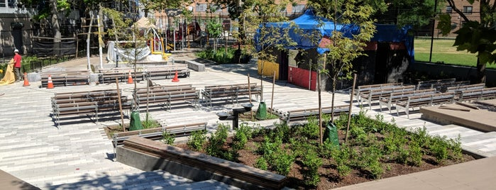Sumner Playground is one of Where to play ball — Public Courts.