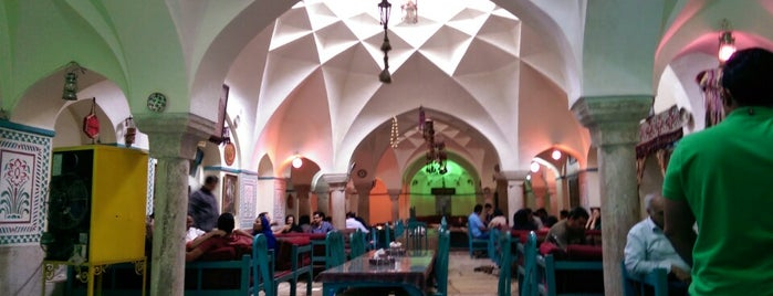 Vakil Traditional Restaurant | سفره خانه وکیل is one of Tempat yang Disukai H.