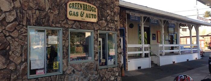Greenbridge Gas & Auto is one of Lieux qui ont plu à Jay.