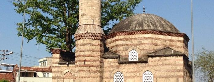 Demirtaşpaşa is one of สถานที่ที่ Semih ถูกใจ.