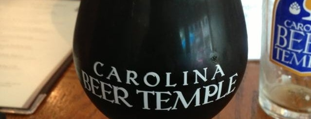 Carolina Beer Temple is one of Lugares favoritos de Michele.