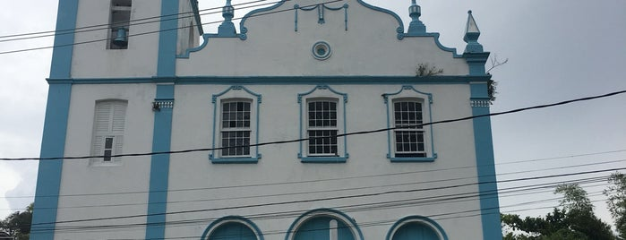Igreja Nossa Senhora da Luz is one of สถานที่ที่ Sabrina ถูกใจ.