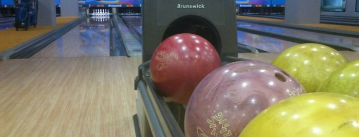 Crazy Bowling is one of Yakuq Bilgiçさんのお気に入りスポット.