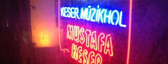 Mustafa Keser Sahnesi | E'tria is one of Lieux qui ont plu à Serkan.
