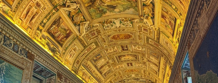Galleria delle Carte Geografiche is one of Locais curtidos por Carl.