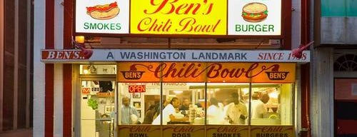 Ben's Chili Bowl is one of Lieux sauvegardés par David.