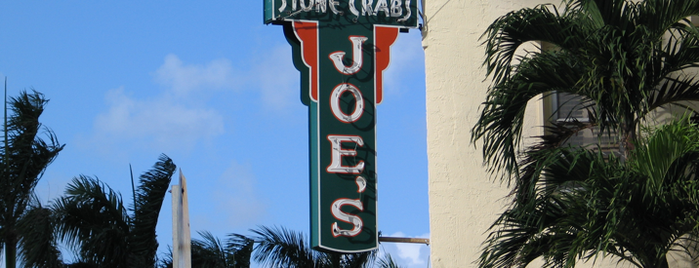 Joe's Stone Crab is one of Fabio'nun Kaydettiği Mekanlar.