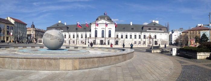 Grasalkovičov palác (Prezidentský palác)   Grassalkovich Palace is one of Follow the Orient Express — Şark Ekspresi.