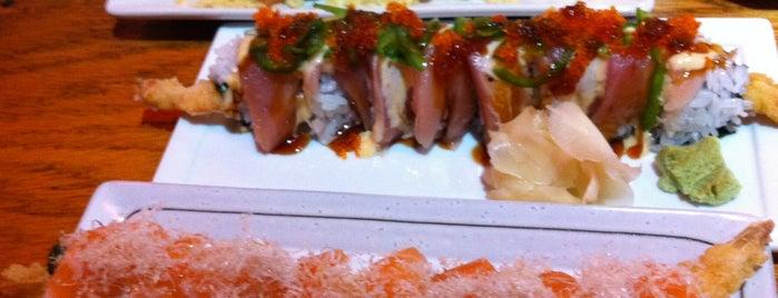 Fuji Sushi is one of Posti che sono piaciuti a Yuri.