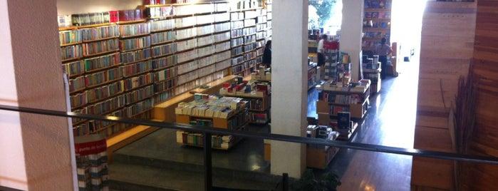 Librería Porrua is one of Gespeicherte Orte von Roberto J.C..