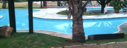 Balneario Do Lago Hotel is one of Orte, die Mateus gefallen.