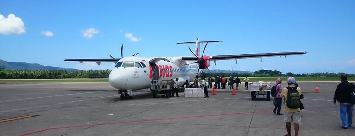 Pattimura International Airport (AMQ) is one of สนามบินนานาชาติ (1).