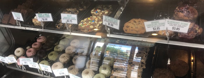 Pipeline Bake Shop is one of Onolicious Oahu.