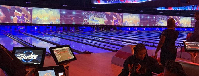 The 11 Best Bowling Alleys in Los Angeles