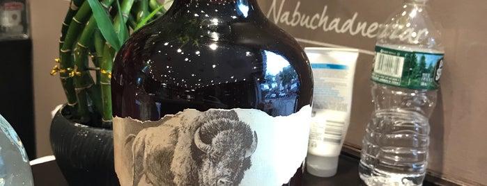 Mr. Vino Wine & Spirits is one of Orte, die Matthew gefallen.