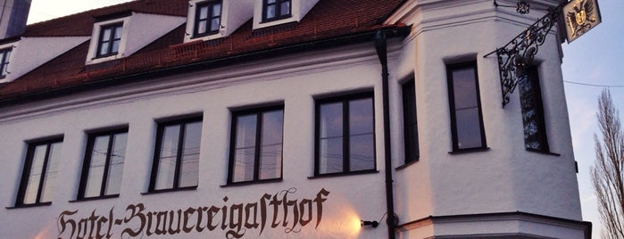 Brauereigasthof Fuchs - Neusäß is one of Gespeicherte Orte von Marco.