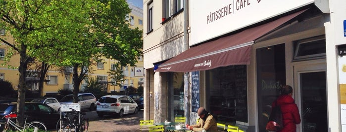 Patisserie Café Dukatz is one of MUN.