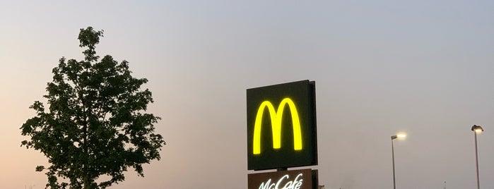 McDonald's is one of Lieux qui ont plu à Rob.
