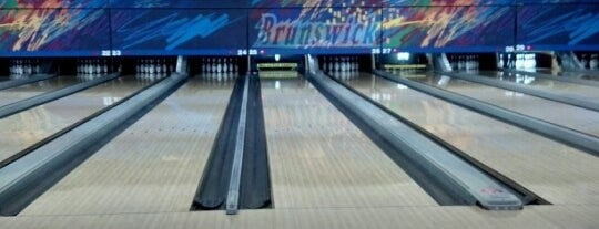 Brunswick Zone Deerfield Lanes is one of places I have enjoyed.