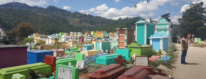 Chichicastenango is one of Lugares favoritos de Alan.