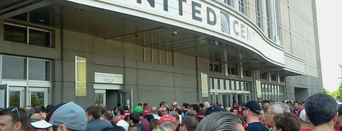 United Center is one of Stadiums.