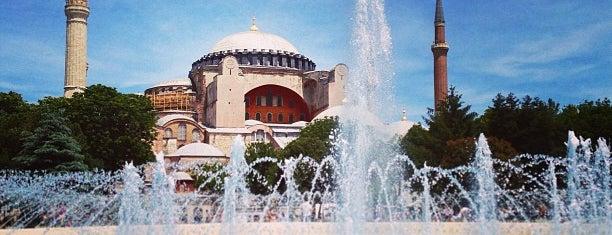 Собор Святой Софии is one of İstanbul.