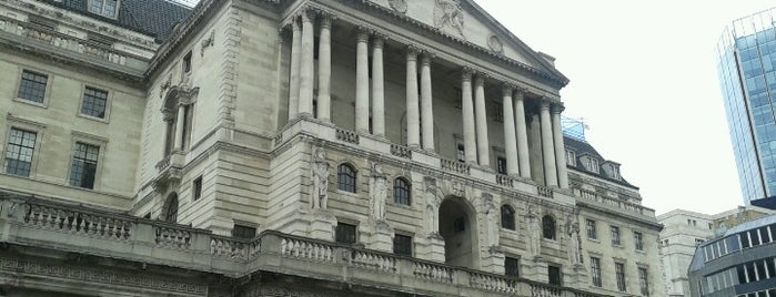 Bank of England is one of Londres / London.