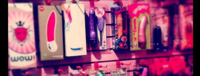 Erotika Love Store is one of Lieux qui ont plu à Zava.