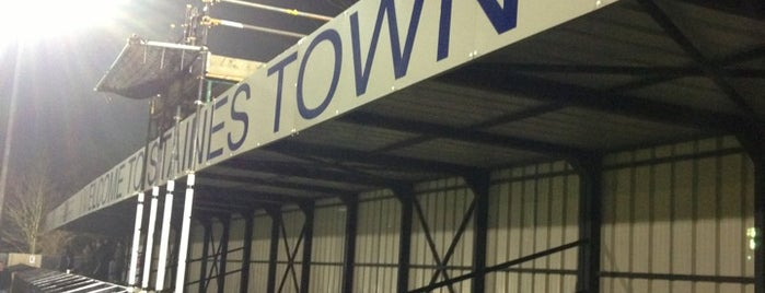 Staines Town FC is one of Carl : понравившиеся места.