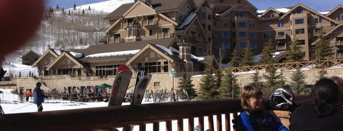 Empire Canyon Lodge is one of Lugares favoritos de Andy.