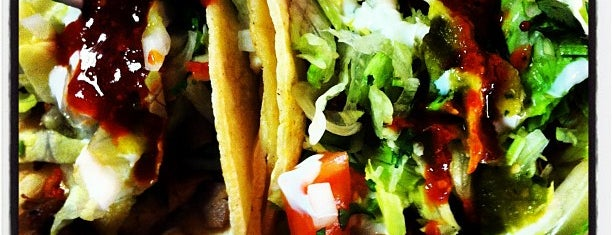 Tortilleria Mexicana Los Hermanos is one of Erica Needs Food.